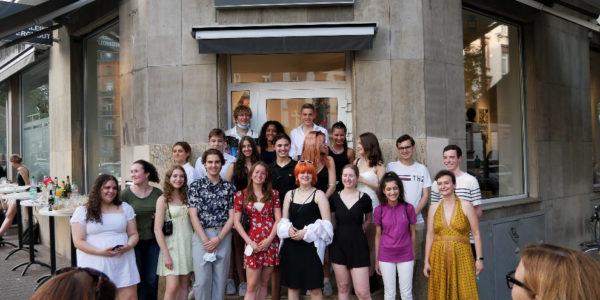 Schillerschüler*innen in der Galerie Berghout